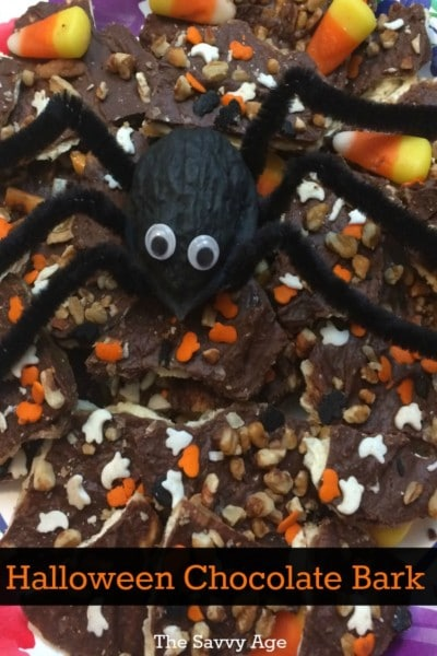Yummy and addictive! Halloween Chocolate Bark Recipe.