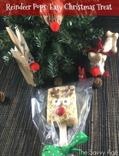 Reindeer Pops! The Easy Christmas Rice Krispies treat. No bake #reindeer craft for the entire family.
