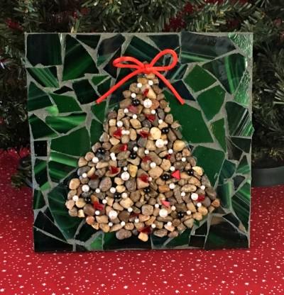 Christmas tree made of pebbles.