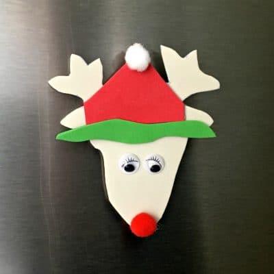 Reindeer head kitchen magnet.